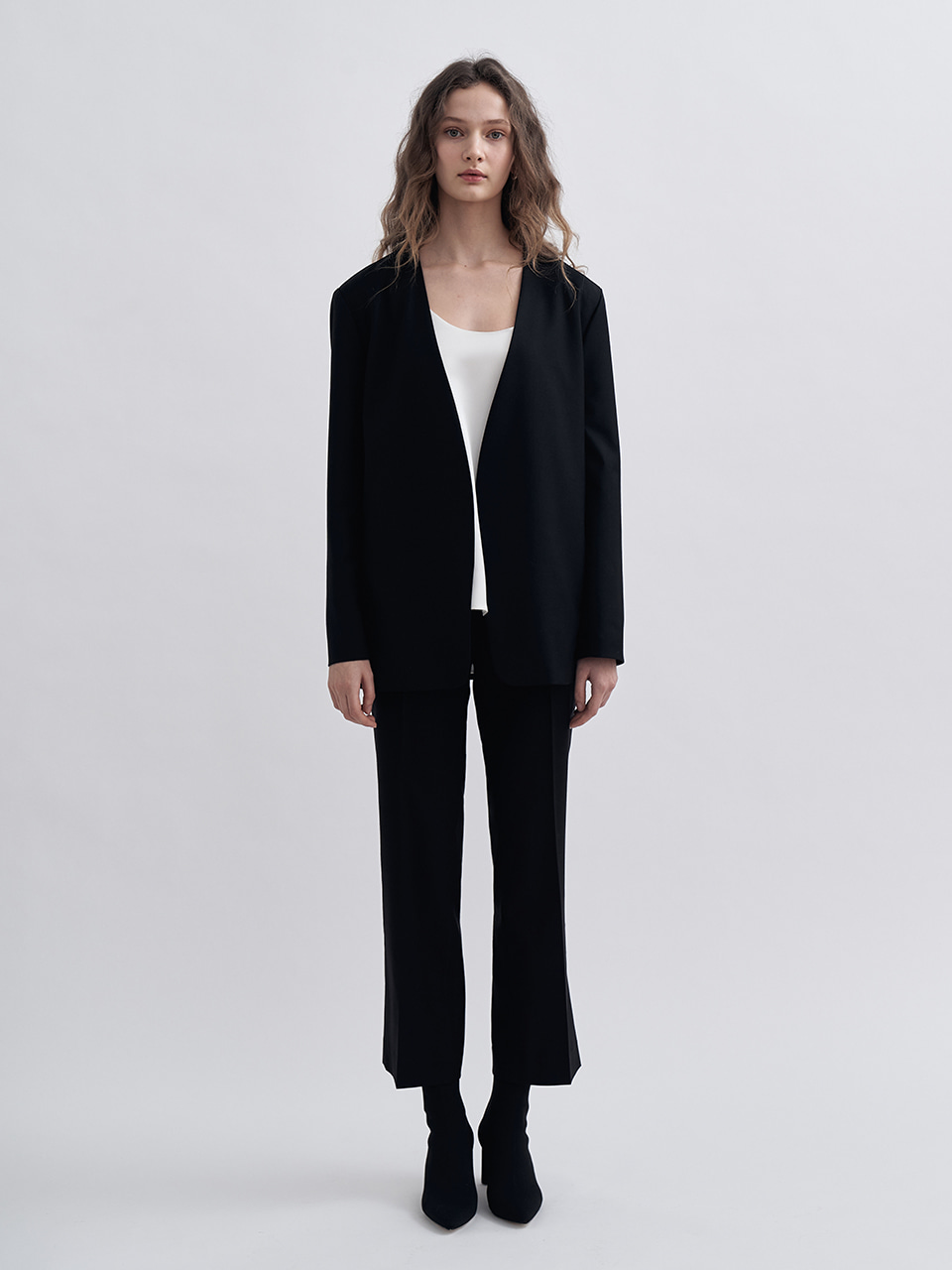 LOOSE FIT COLLARLESS JACKET_BLACK