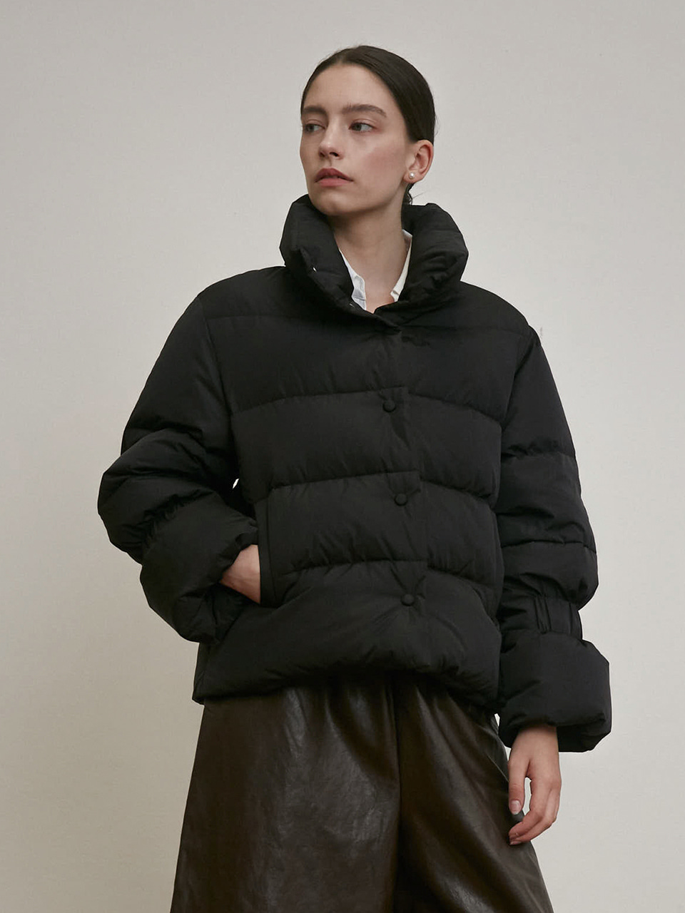 BANDING DETAIL GOOSE DOWN PUFFER JACKET [BLACK] [IVORY]