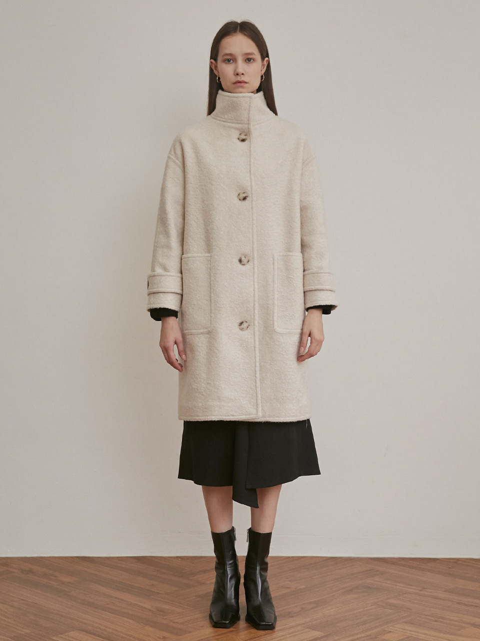 HIGH COLLAR OVERSIZED COAT [IVORY]
