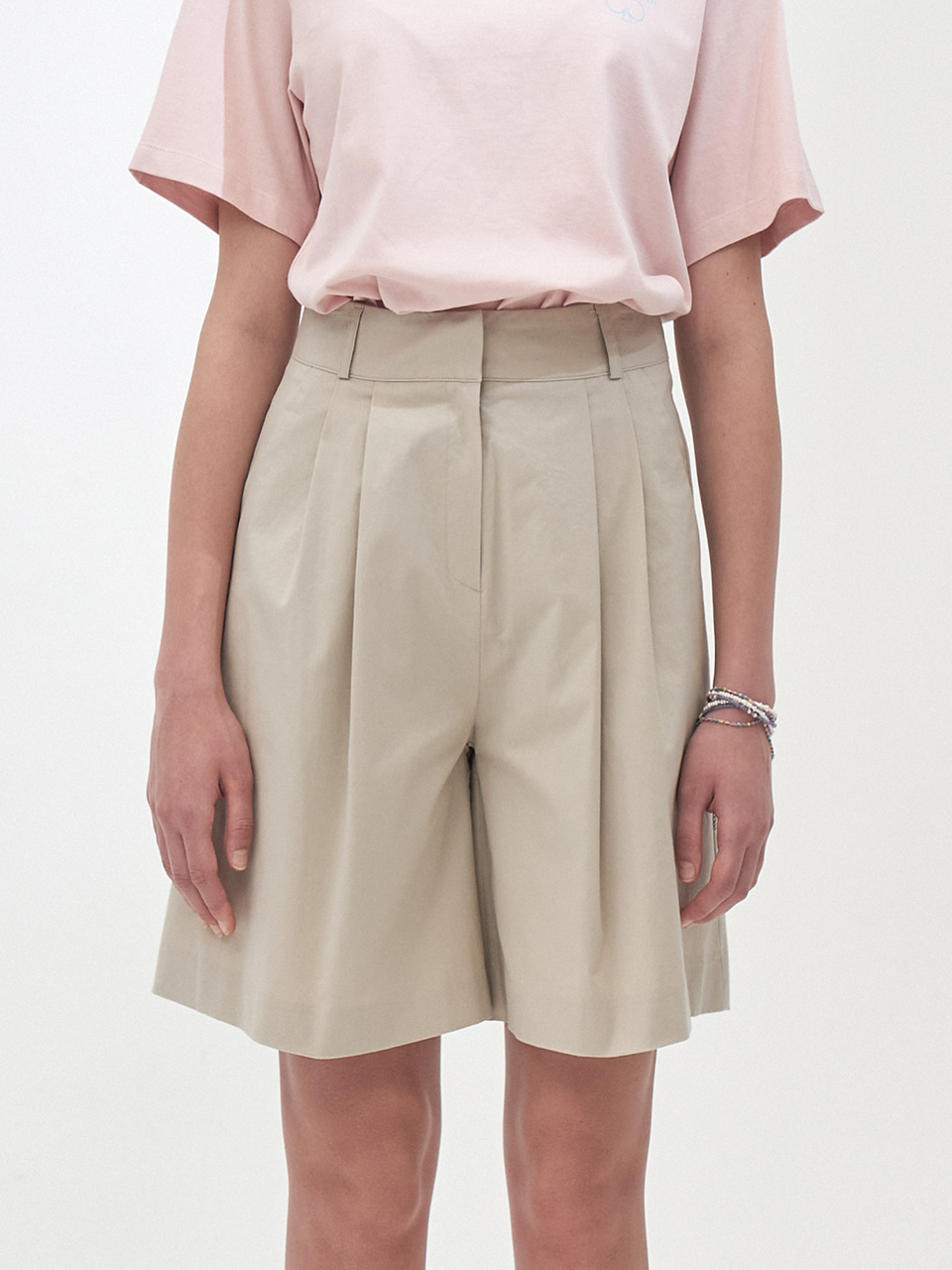 COTTON BERMUDA SHORTS_BEIGE