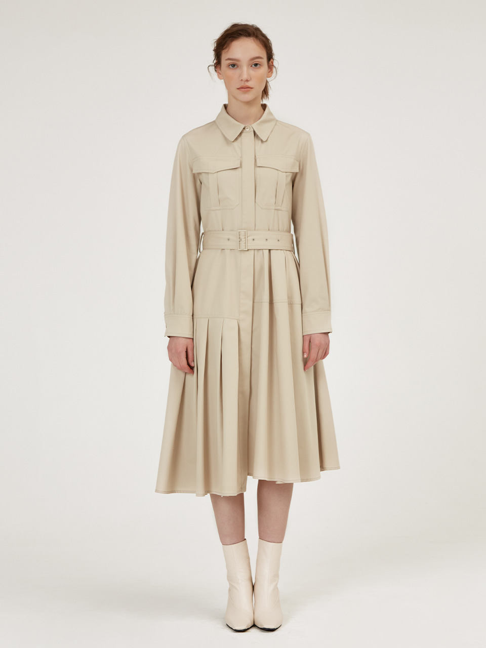 UNBALANCED PLEATS DETAIL TRECH DRESS [Beige]