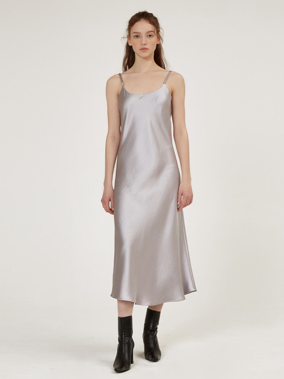 SATIN SLEEVELESS LONG DRESS [IVORY][TOFF][BROWN][CHARCOAL]