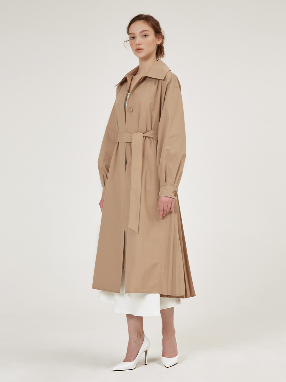 HALF PLEATS DETAILED TRECH DRESS [Cold Beige] [Black] [Warm Beige]