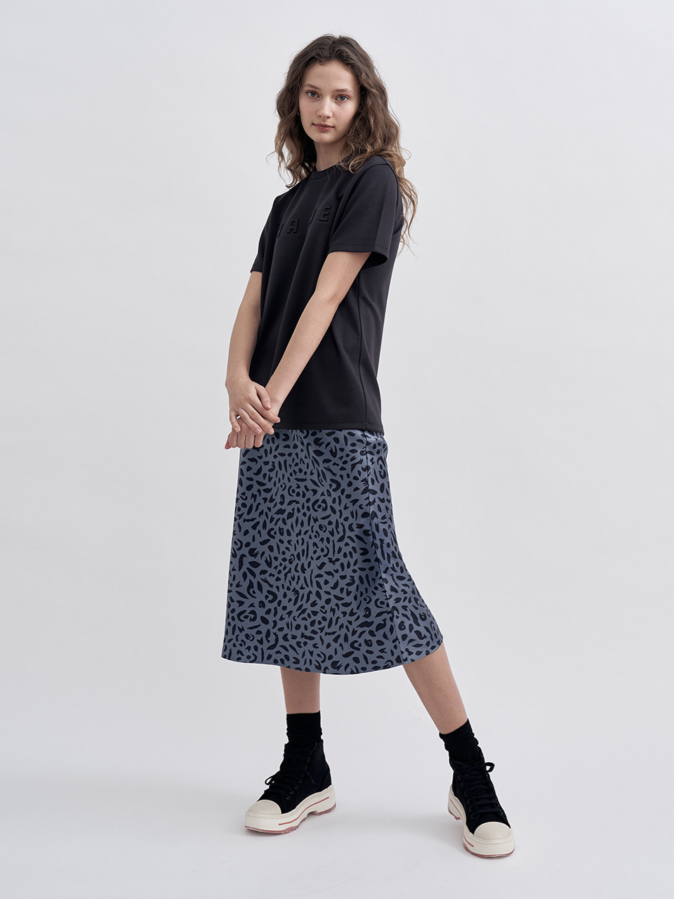 [리퍼브세일] FOX LEOPARD SATIN SKIRT [3Color]